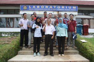 In HouseTraining Laboratory Preparation ISO 17025: 2008 Balai Diklat Tambang Bawah Tanah, Padang 29 - 31 Mei 2017