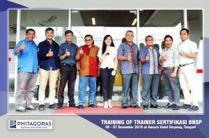 Foto Bersama Training of Trainer Sertifikasi BNSP, 5 - 7 Desember 2018